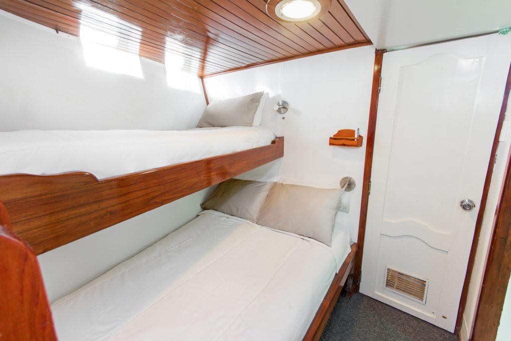 Lower Deck – Double_Twin Cabin (1)
