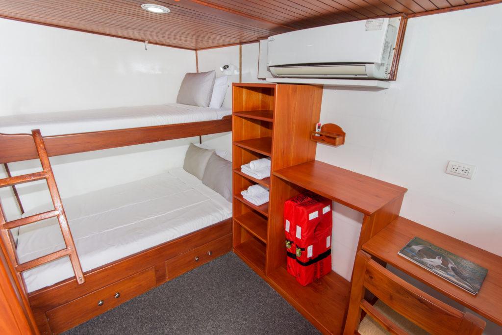 Lower Deck – Double_Twin cabin