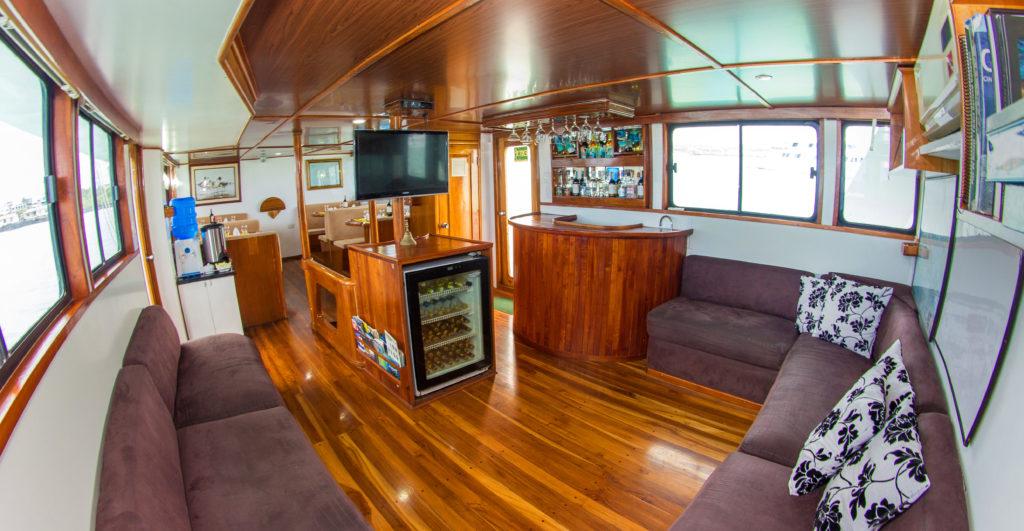 Main Deck – Lounge