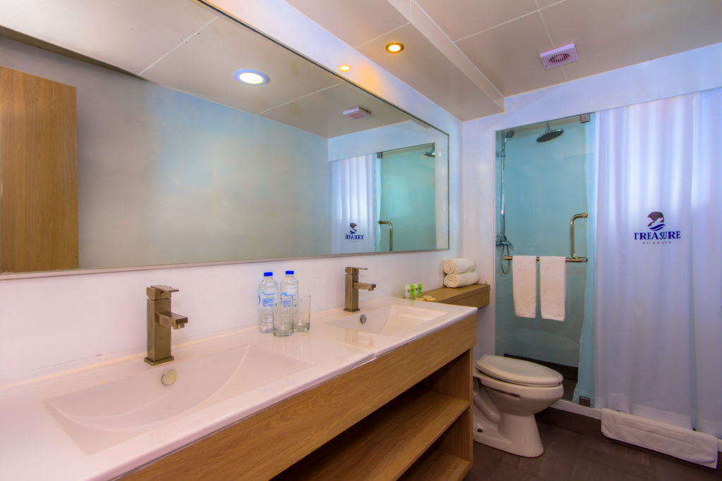 Treasure of Galapagos Bathroom facilities
