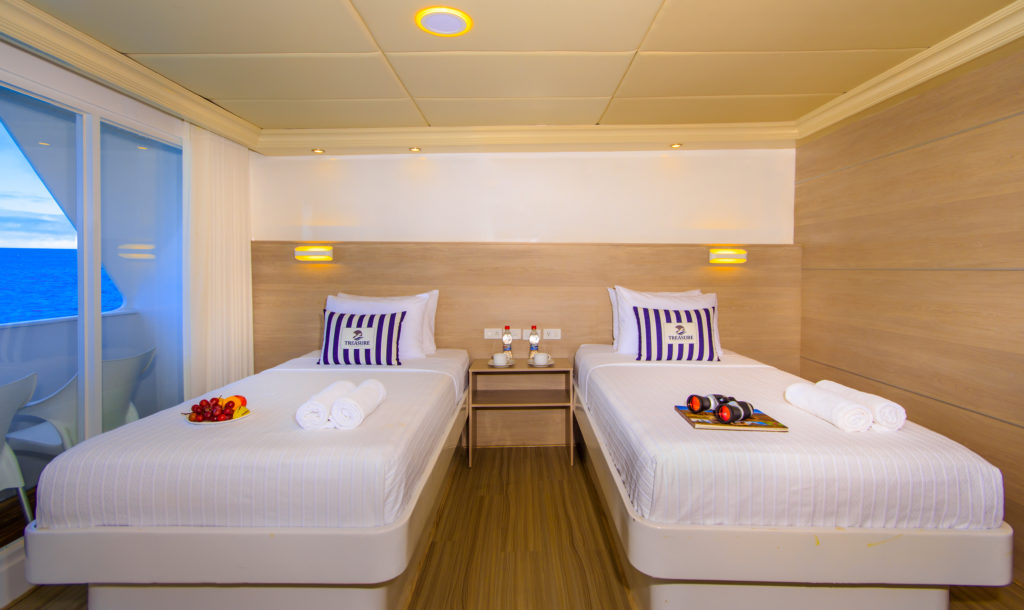 Treasure of Galapagos twin bed suite