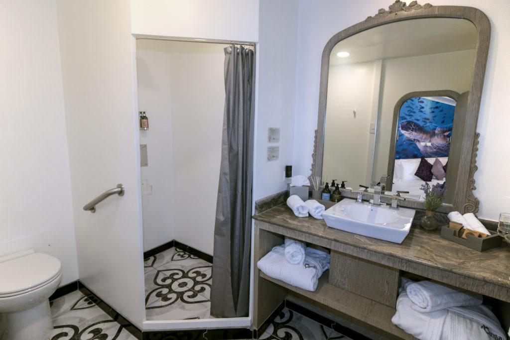 MT Camila – Bathroom