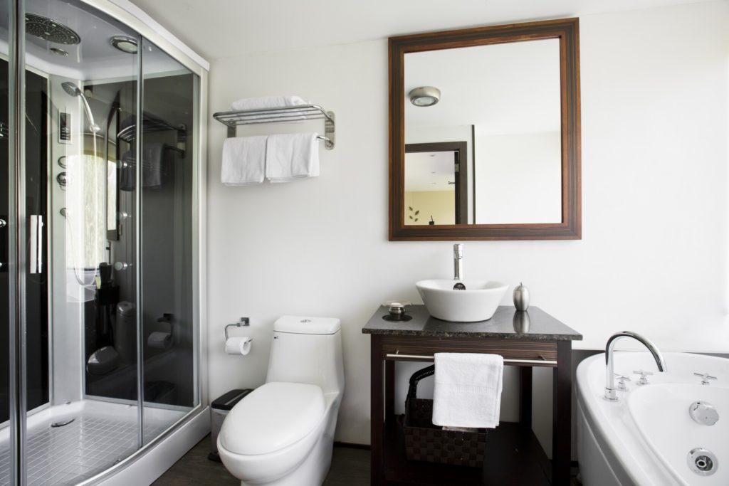 Deluxe Suite Bathroom 2_Anakonda
