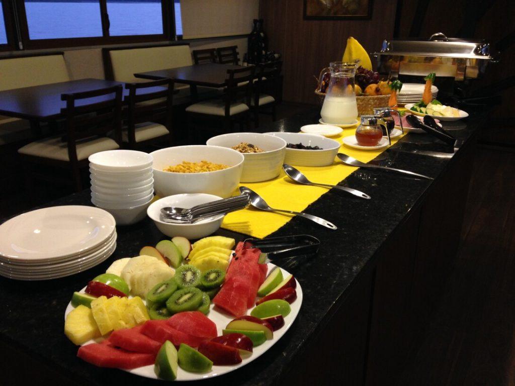 Dining Room Breakfast_Anakonda
