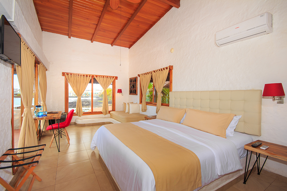 First-Class Island Hopping Hotel room