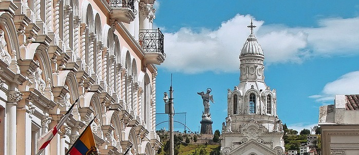 How to book a trip in Quito