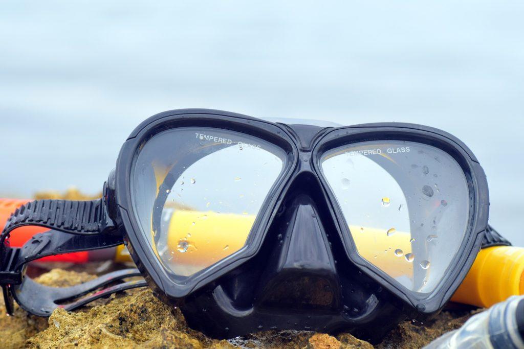 diving-mask-2390958_1920
