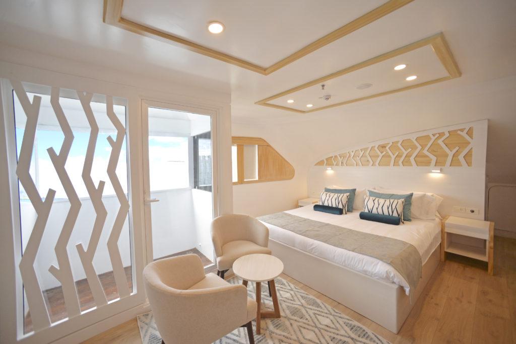 Galapagos_Balcony_suite_-_matrimonial